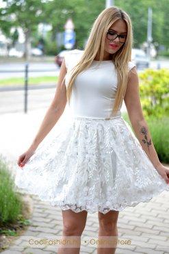 fehér virágos tüll ruha debrecen